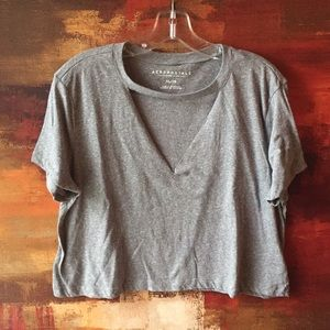Aeropostale, XL Gray T shirt Crop top with cut out
